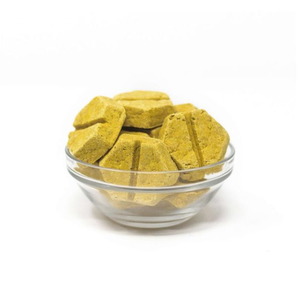 Honest Paws Relief Bites Tasty Turmeric in a bowl