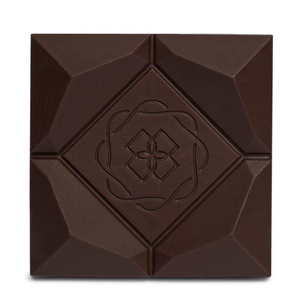 Difiori Organic Couverture CBD Decadent Swiss Dark Chocolate Bar - 70% Cacao - Closeup
